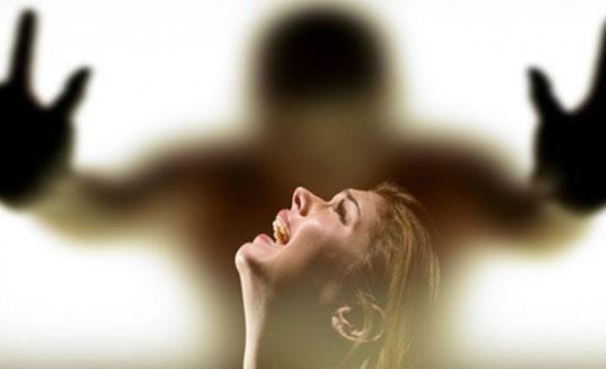 مرام تريد خلعا: زوجي يضربني رغم إصابتي بالسرطان