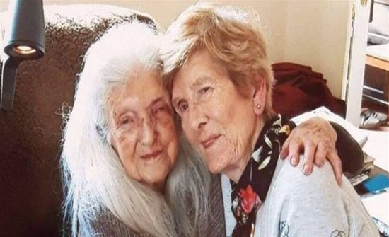 قصّة تقشعرّ لها الأبدان.. التقت بأمّها بعد 70 عاماً من الفراق!