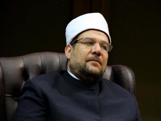 """""""شاهد"""": اعلامي مصري مهاجما وزير الأوقاف:""""ده أنت ربنا هيعمل فيك عمايل وانا بستعجل يوم القيامة"""""""