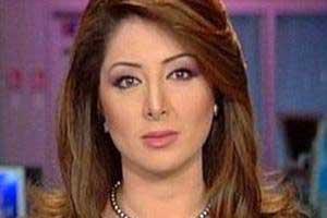 """المذيعة رولا إبراهيم: """"شبيحة"""" سوريا هددوا عائلتي للتبرؤ مني"""