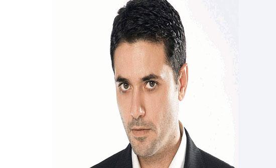 أحمد عز ينشر صورة من فيلمه الجديد