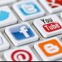 لماذا معظم تطبيقات الشبكات الاجتماعية لونها أزرق؟