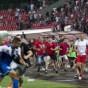 """بالفيديو.. فرار فريق """"إسرائيلي"""" عقب هيجان الجماهير البلغارية"""
