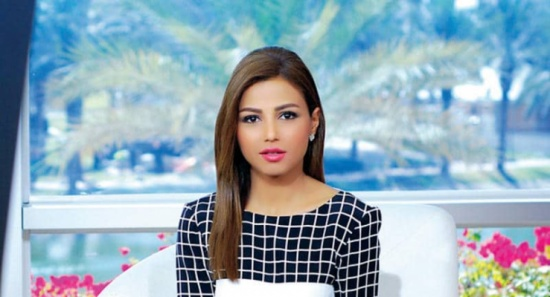 مهيرة عبدالعزيز تكشف لأول مرة سر استقالتها من العربية.. وحقيقة انتعالها للحذاء المرصع بالماس!