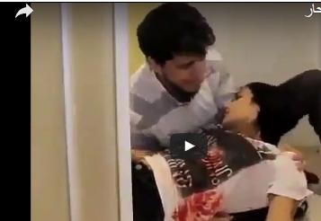 فيديو| هذا ما فعله شاب وجد حبيبته غارقة بدمائها!