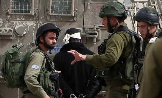 الاحتلال الإسرائيلي يعتقل 19 فلسطينيا بالضفة الغربية