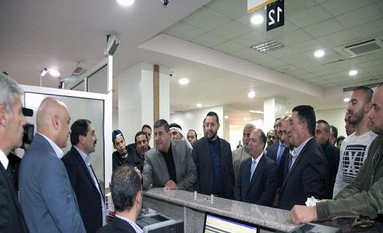 لجنة فلسطين النيابية تزور دائرة الاحوال المدنية