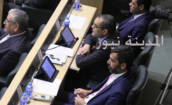 بالفيديو .. النائب أبو العز للوزيرة عناب  : أنت لا تصلحين لإدارة استراحة وليس وزارة سياحة( ماذا ردت )؟