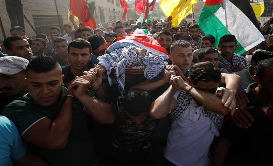 غزة.. تشييع صياد فلسطيني قتل برصاص الجيش المصري