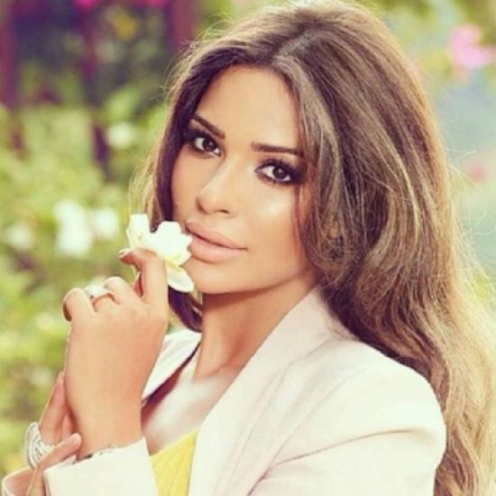 بالفيديو - نادين نسيب نجيم تفاجئ متابعيها بقرارها الأخير: سأتوقّف عن هذا الأمر!!