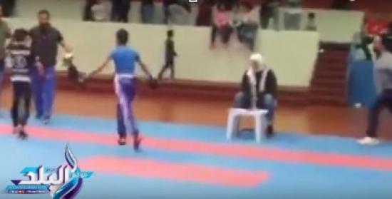 كويتي يعتدي على طفل مصري فاز على نجله في بطولة البوكس.. فيديو
