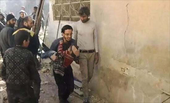 الغوطة تواجه نيران القاذفات السورية الروسية (فيديو)