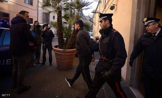 اعتقال 200 من أعضاء المافيا بعملية في دولتين