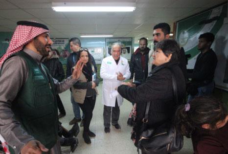 وفد طبي من الأمم المتحدة يزور عيادات مركز الملك سلمان للإغاثة المتخصصة في الزعتري