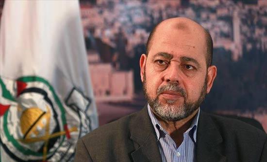 """قيادي بـ""""حماس"""": زيارة بنس للمنطقة رسالة لفرض الوقائع على الأرض"""