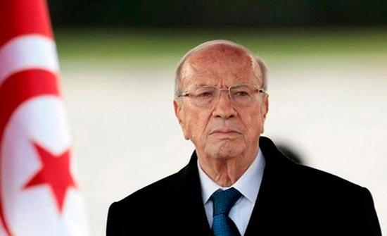 نقل الرئيس التونسي للمستشفى العسكري