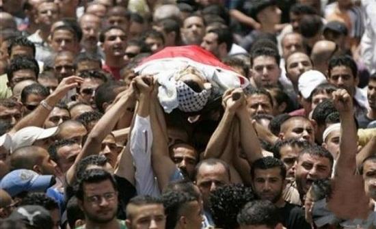 استشهاد شاب فلسطيني برصاص الاحتلال وسط قطاع غزة