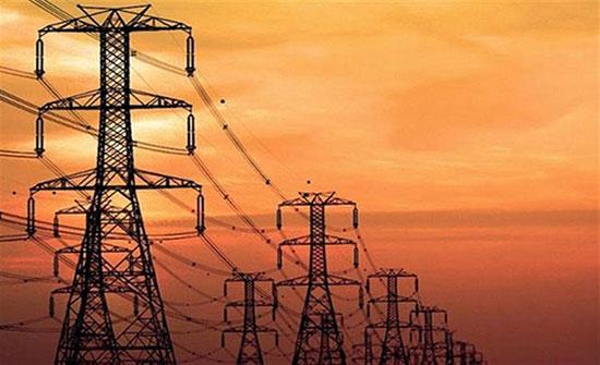 انقطاع الكهرباء يؤثر على حركة القطارات في لندن