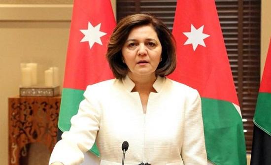 وزيرة التنمية الاجتماعية تؤكد على اهمية الحوار مع الميدان
