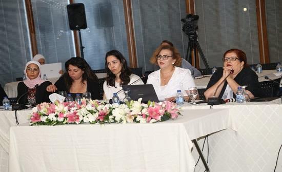 """مائدة مستديرة لاعضاء """"أنجد"""" حول المرأة واهداف التنمية المستدامة"""
