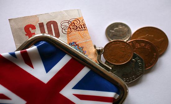 ارتفاع الأجور في بريطانيا بأسرع وتيرة منذ عام 2008 (بيانات)