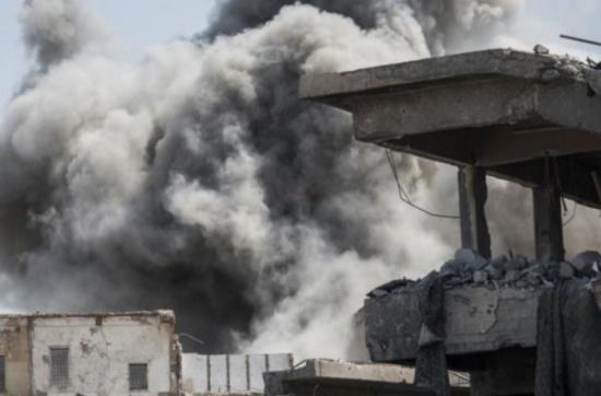 غارديان: قتل المدنيين بالموصل والرقة مقلق ومخيف