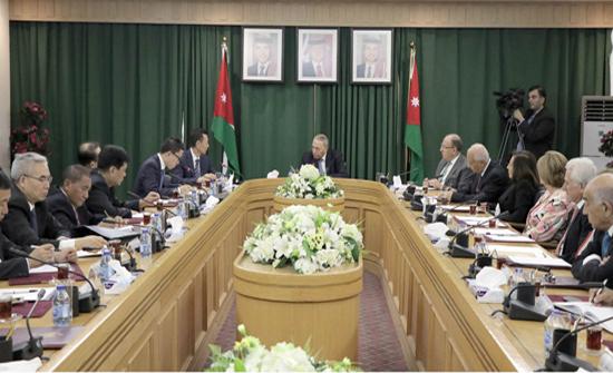 البخيت يؤكد أهمية البناء على اتفاقية الشراكة الاستراتيجية مع الصين