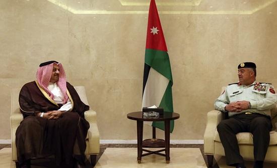 """""""رئيس الاركان المشتركة"""" يستقبل نائب رئيس مجلس الوزراء القطري"""