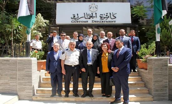 "وفد برلماني عراقي يزور ""الجمارك"""
