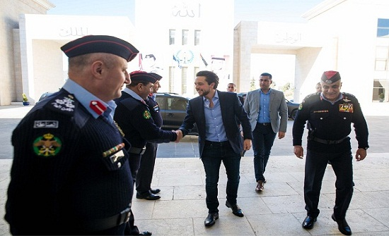 بالصور : الأمير حسين يزور مديرية الأمن العام