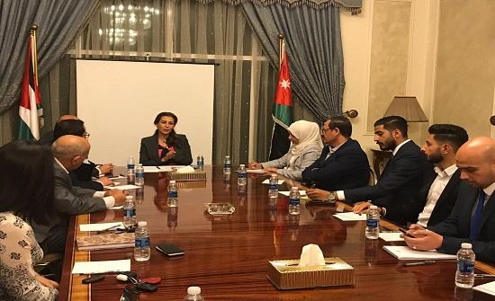 غنيمات : الحل العادل والشامل للقضية الفلسطينية السبيل الوحيد لأمن واستقرار المنطقة