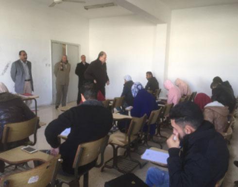 رئيس جامعة إربد الأهلية يتفقد الامتحانات النهائية