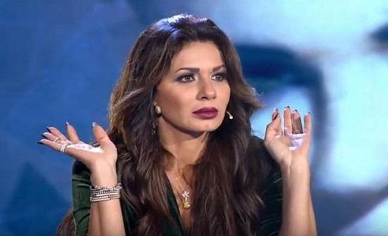 بالفيديو :  نجلاء بدر: لن أقبّل زوجي مرة ثانية في المهرجانات.. والسبب