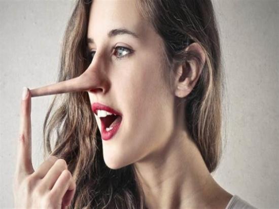 ماذا يحدث لجسمك حينما تكذب؟