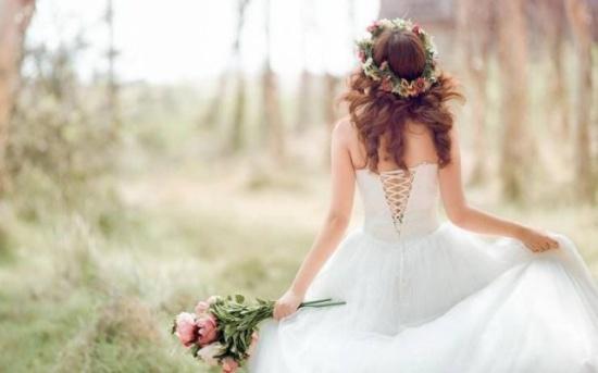 بعد زواجها من جارها.. العروس إيمان جثة هامدة!