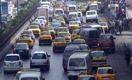 سوريا تعدّل الرسم الشهري لسيارات النقل الخارجي الأردنية