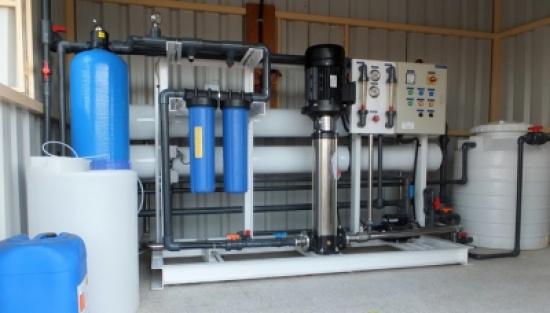 إغلاق عدد من محطات بيع المياه والكوفي شوب في الزرقاء