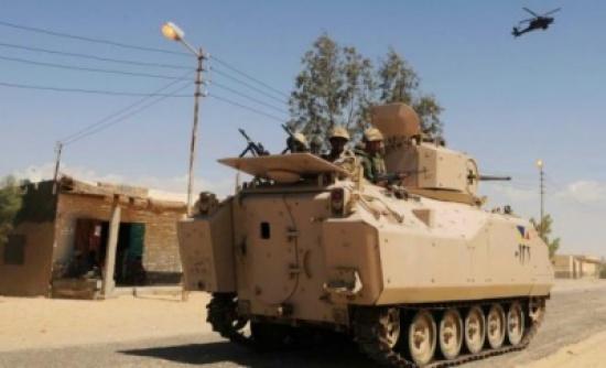 مقتل 5 جنود مصريين في تفجير مدرعة بسيناء