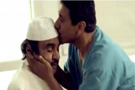 """بالفيديو.. """"القصبي"""" يجهش بالبكاء أثناء حديثه عن الراحل """"عبدالحسين عبدالرضا"""""""