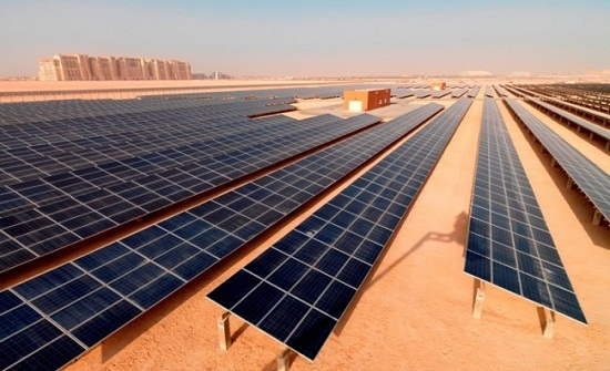 الصين تطور نوعاً جديداً من الخلايا الشمسية المرنة