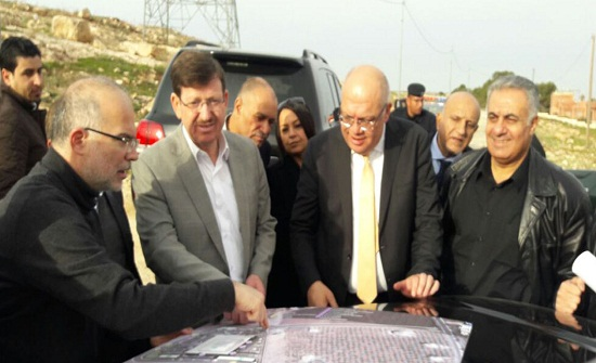 وزيرا الصحة والأشغال يتفقدان موقع مستشفى مادبا الجديد