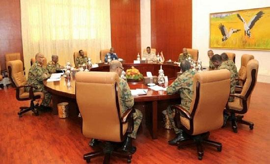 المجلس الانتقالي في السودان ينظر في استقالة 3 من أعضائه