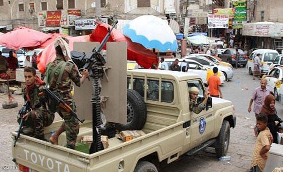 قوات الحزام بعدن تسيطر على اللواء الثالث للحماية الرئاسية