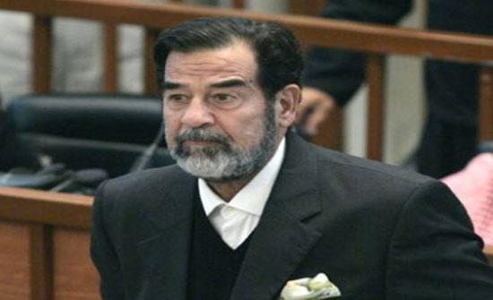 فنان تركي شهير يغيّر شكله ليشبه صدام حسين (صورة)