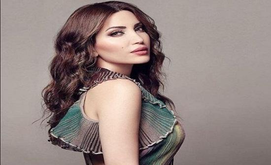نسرين طافش لا تجيد الكتابة بالعربية وتتفلسف! – بالصورة