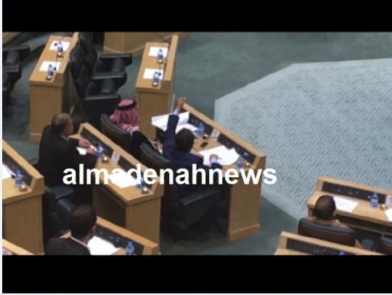 الزعبي : نائب إردني زار إسرائيل سرا واجتمع بنتنياهو ( تفاصيل )