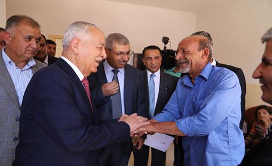 بتوجيهات ملكية.. العيسوي يسلم 26 مسكناً للأسر العفيفة