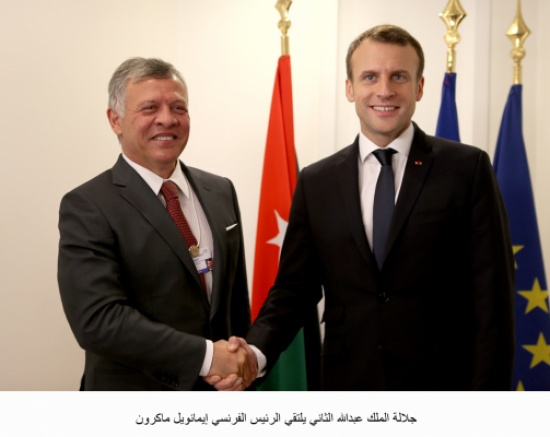 الملك يلتقي الرئيس الفرنسي ورئيس الوزراء العراقي