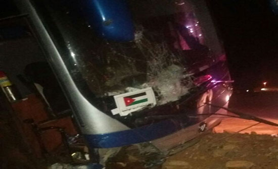 بالصور- السعودية : حادث سير لحافلة حجاج اردنيين