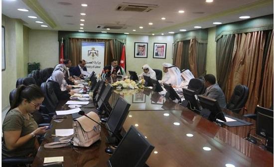 قطر تختار 650 معلما اردنيا للعمل لديها